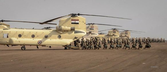 20141029_Egyptian-army-and-military-reinforces-security-in-Sinai002